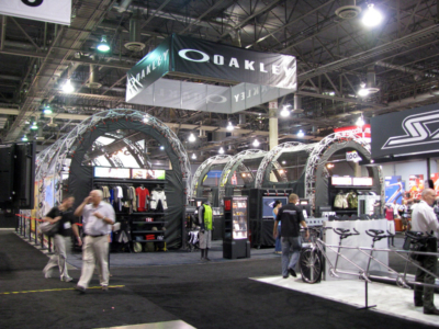 Oakley 50x50 Island Exhibit